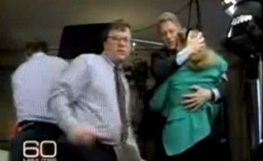 Incidenti që për pak nuk i mori jetën Hillary Clintonit (Video)