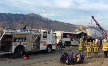 Aksidentohet autobusi, 13 persona të vdekur në ShBA