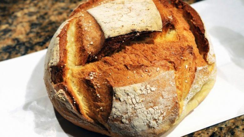 Bukë më të mirë kurrë nuk e keni ngrënë: Pogaçja portugeze me miell misri dhe me mjaltë