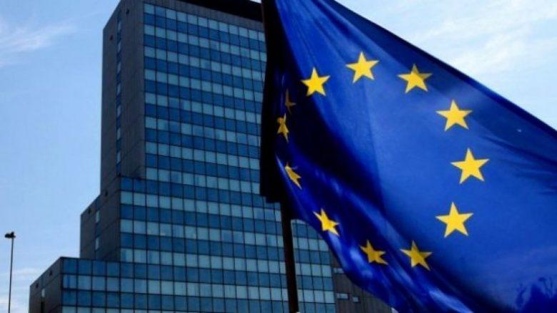 BE kërkon nga deputetët të mos i kontestojnë vendimet e gjykatave