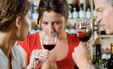 Vera është e shëndetshme – nuk ka dyshim, mirëpo a e dini sa duhet të pini në një ditë?