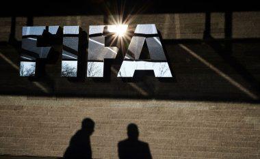 FIFA gjobit federatën spanjolle