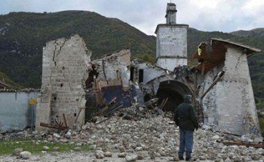 Itali, shembje masive ndërtesash nga tërmetet, pa të lënduar (Video)