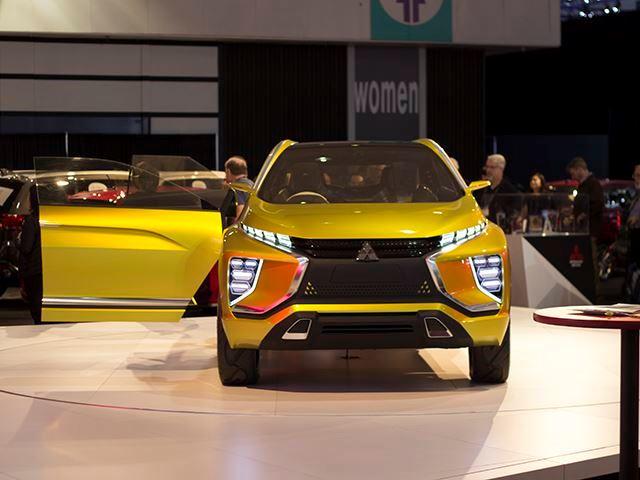 mitsubishi-sjelle-makinen-e-mahnitshme-elektrike-me-nje-mbushje-arrin-400-kilometra-foto-5