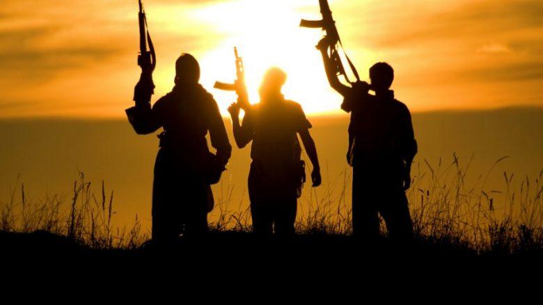 Veriu i Kosovës dhe veriperëndimi i Maqedonisë cak i rekrutimit për në ISIS