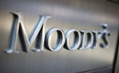 Moody`s uli projeksionet për Italinë
