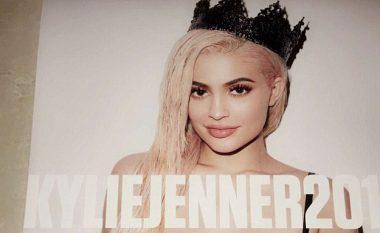 Të gjithë do ta dëshironin kalendarin e Kylie Jenner (Foto, +16)