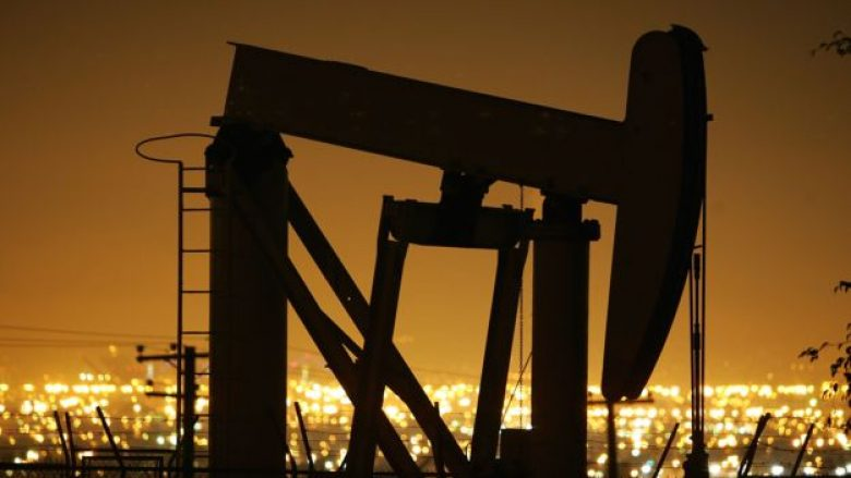 Çmimi i naftës me rritje