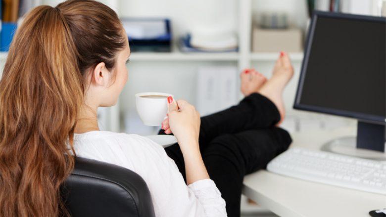 Tri arsye se përse duke punuar më pak do të bëheni më produktivë