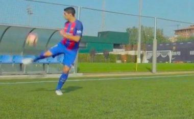 Suarez i përgjigjet Sanchezit, qetëson mjeshtërisht topin e lëshuar me shpejtësi 141 km/h (Video)