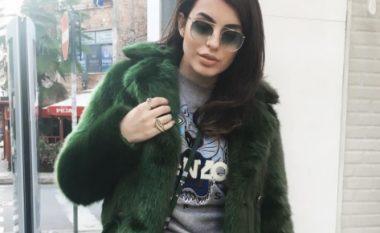 Armina Mevlani shfaqet provokuese edhe në ambientin e punës (Foto)