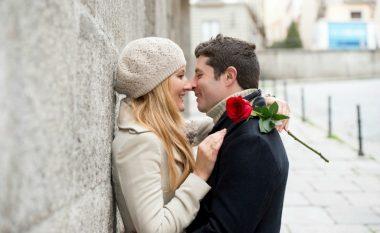 Femrat të cilat bëjnë shpesh dashuri kanë një karakteristikë të përbashkët!