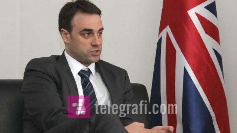 Ambasadori britanik: Më vjen keq që ende ka kriminelë në politikë (Video)