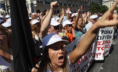 Greqia paralizohet nga greva e përgjithshme