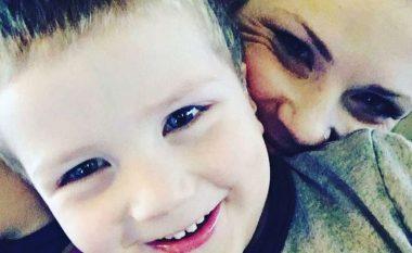 Humbi djalin në aksident, ky është mesazhi prekës i nënës pas vdekjes së të birit (Foto)