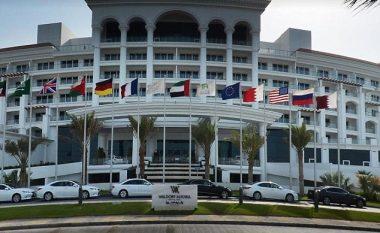 Modelet ruse 'provokojnë' në Dubai, shikoni çfarë bëjnë në një hotel luksoz (Foto/Video, +16)