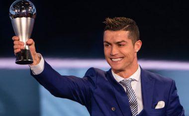 Ronaldo tregon se a e ka uruar Messi për çmimin, por edhe këtë herë portugezi thumbon me përgjigjen