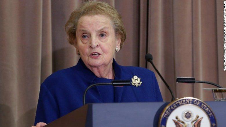 Albright: Jam e gatshme të regjistrohem si myslimane