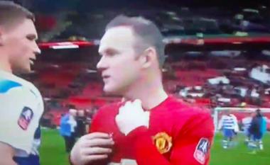 Ish-mesfushori i Cityt refuzon Rooneyn për të ndërruar fanellat (Video)