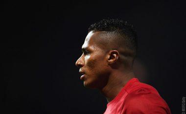 Zyrtare: Valencia rinovon me Unitedin