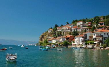 DPHM: Po rritet niveli i ujit në Liqenin e Ohrit