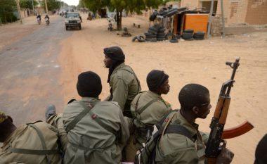 Së paku 60 veta të vrarë në Mali