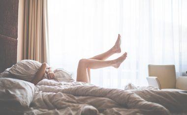 Ja pse femrat zgjohen me nerva në mëngjes