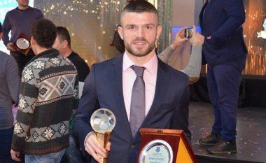 UEFA shkruan për Valon Berishën dhe çmimin e marrë si lojtari i vitit