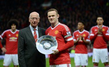 Bobby Charlton i zhgënjyer që humbi rekordin, por edhe i lumtur për Rooneyn që e theu