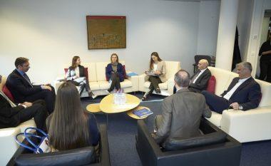Takimi i nesërm pritet të ulë tensionet Kosovë-Serbi (Video)