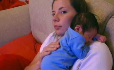Dita e parë në shtëpi: 24 orë me beben e porsalindur (Video)