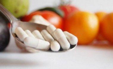 Këto ushqime mos i përzieni kurrë me ilaçe!