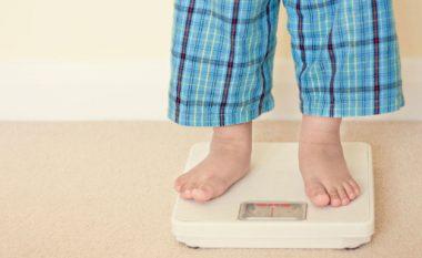 Aksidentalisht mund të jeni duke e shpjerë fëmijën tuaj drejt mbipeshës…