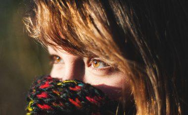 Përse na lotojnë sytë kur është jashtë ftohtë
