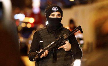 Të shtëna armësh në Stamboll, pesë të plagosur (Foto)