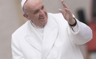 Papa Françesku: Më mirë të jesh ateist se sa katolik hipokrit