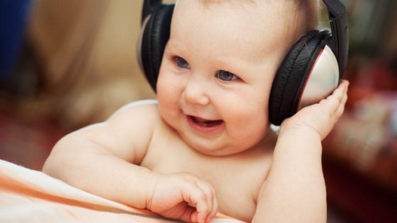 Tri gjërat që bebja i mëson kur ende është në barkun e nënës