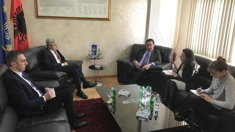Ahmeti: Ligji për gjuhën shqipe paraqet parakusht për ndonjë marrëveshje për qeveri të re