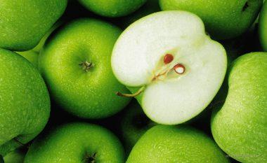 A janë farat e mollës të shëndetshme apo të helmëta?