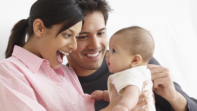 Nëse dëshironi që bebja vërtet t'ju shohë, veproni KËSHTU!