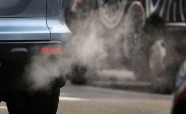 Pagesë shtesë për makinat e vjetra që lëvizin me naftë (Foto)