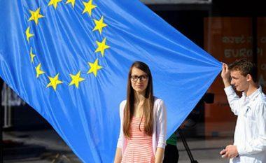 Debat rajonal 'Angazhimi rinor në bashkësi'