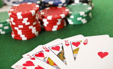 Studenti i matematikës pagoi obligimet, pasi fitoi afro 100 mijë euro në poker (Foto)