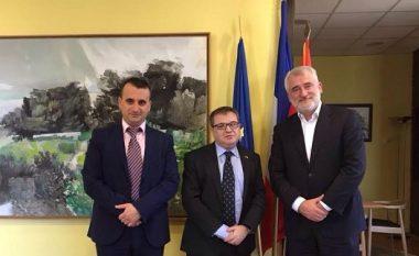Thaçi-Timonier: Të hiqen pengesat e Maqedonisë për anëtarësim në NATO dhe BE