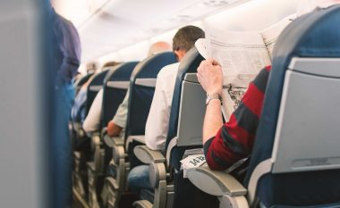 A e dini se çfarë ndodh kur një pasagjer vdes në aeroplan?