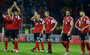 Klubi i njohur italian drejt falimentimit, pagat e lojtarëve ia paguan Kombëtarja e Shqipërisë (Foto)