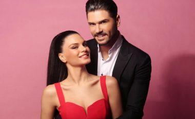 A i dini emrat e vërtetë të yjeve turke: Almeda Abazi nuk është martuar me Tolgahan Sayismanin! (Foto)