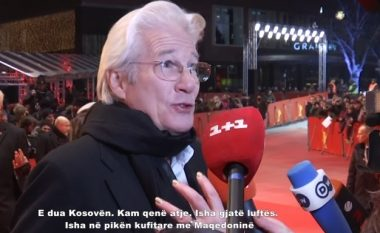 Richard Gere kujton kohën kur kishte vizituar refugjatët e luftës së Kosovës në Maqedoni (Video)