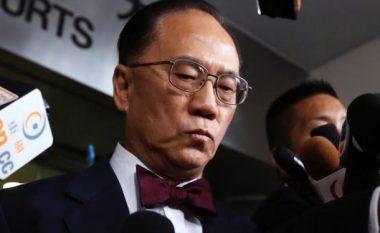 Ish-lideri i Hong Kong-ut dënohet me 20 muaj burg