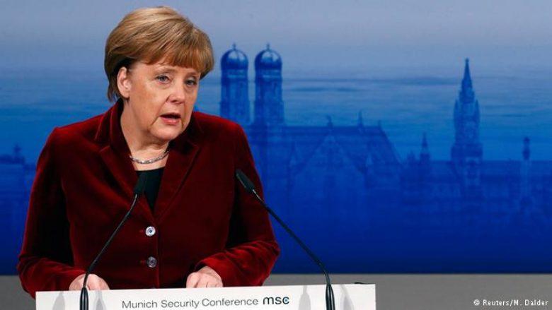 Merkel: Islami nuk ishte burimi i terrorizmit